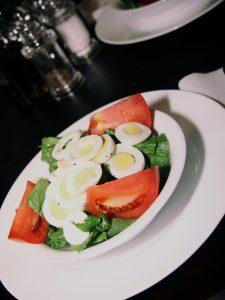 image of fresh, gluten-free sald